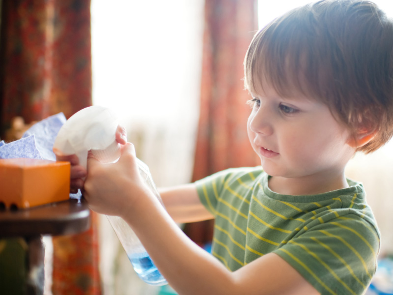 Children toy cleaning